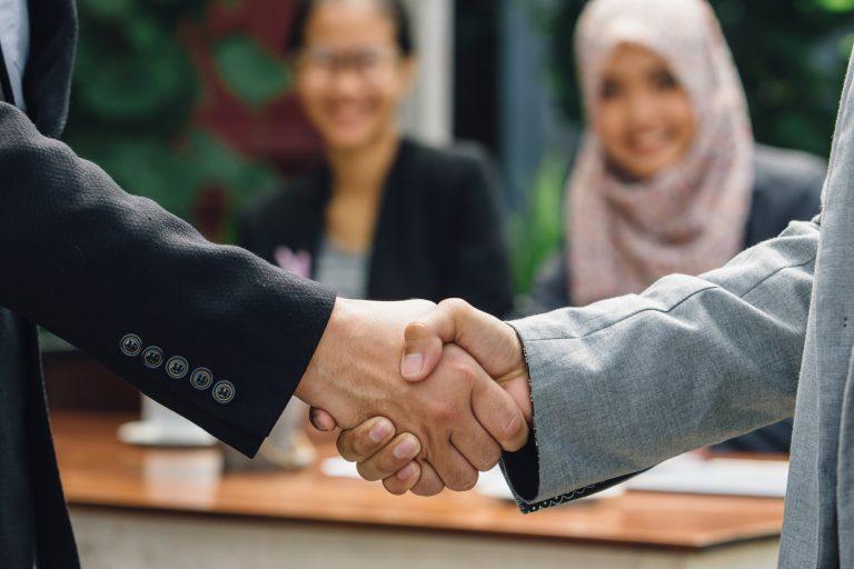経済発展が著しい、スラバヤでの企業調査